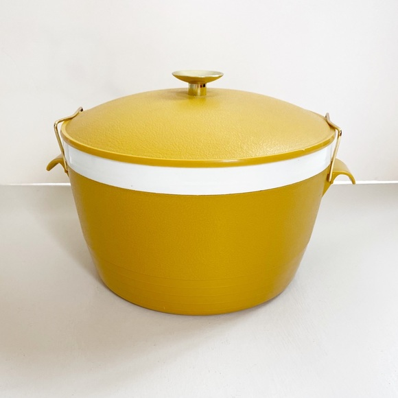 Vintage Other - Vintage Sunfrost Therm-o-ware Serving bowl Yellow